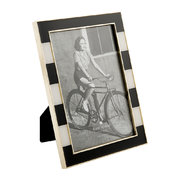 everdone-lane-photo-frame-black-white-fat-stripe-4x6