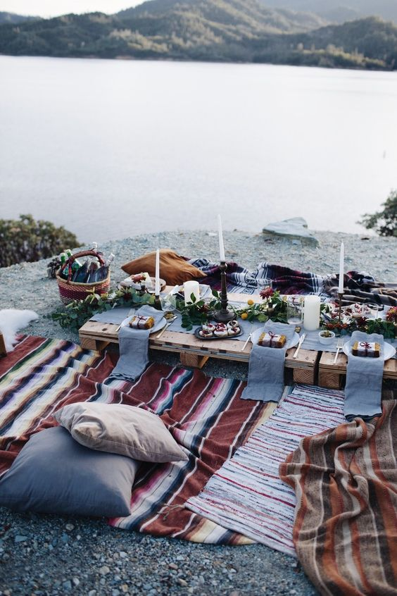 Holiday Feast by the Lake - How to Plan the Perfect Picnic