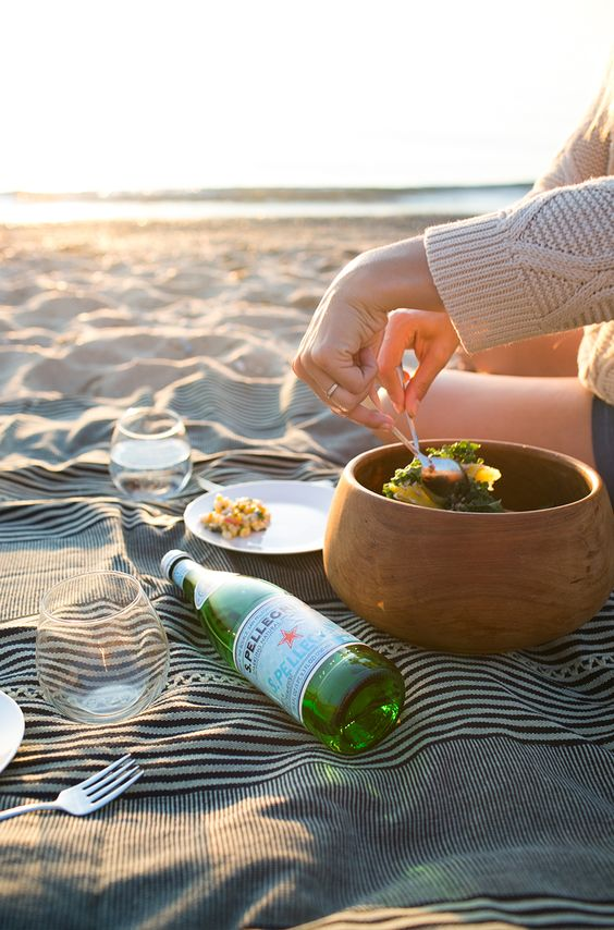 Sunset Picnic - How to Plan the Perfect Picnic