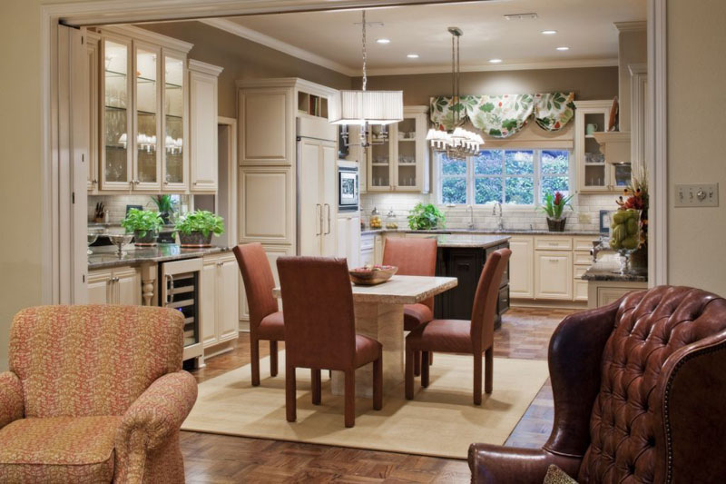 Betsy-Homan-Interior-Design-Kitchen-Diner