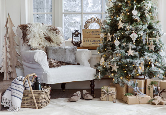 Christmas Interior Design Enchanting Alpine Retreat Christmas Interior Trend  The Luxpad  The Latest