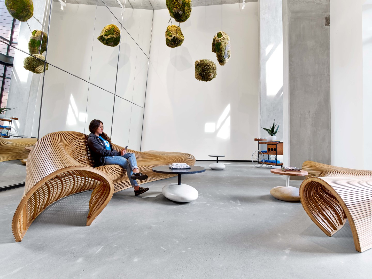 A Tour of Dropbox\'s Headquarters in San Francisco - The LuxPad - The ...