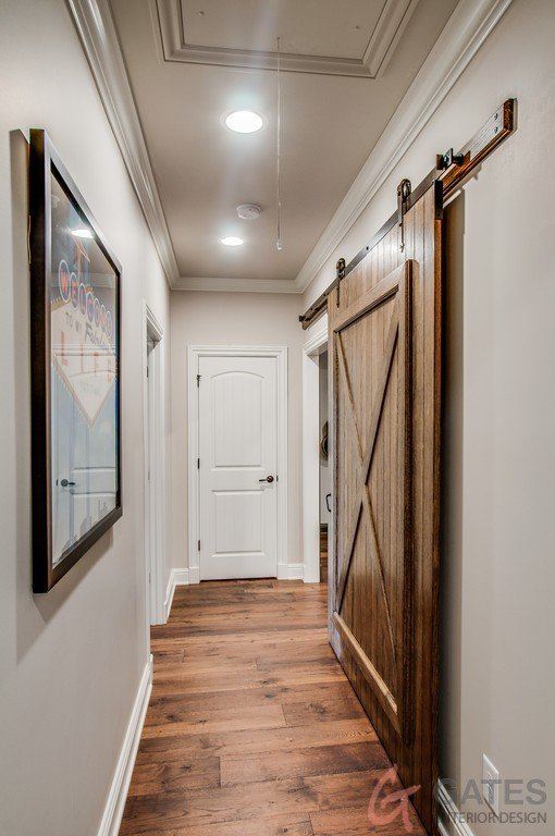 Gates-Interior-Design-Tennessee-Hallway-Decor