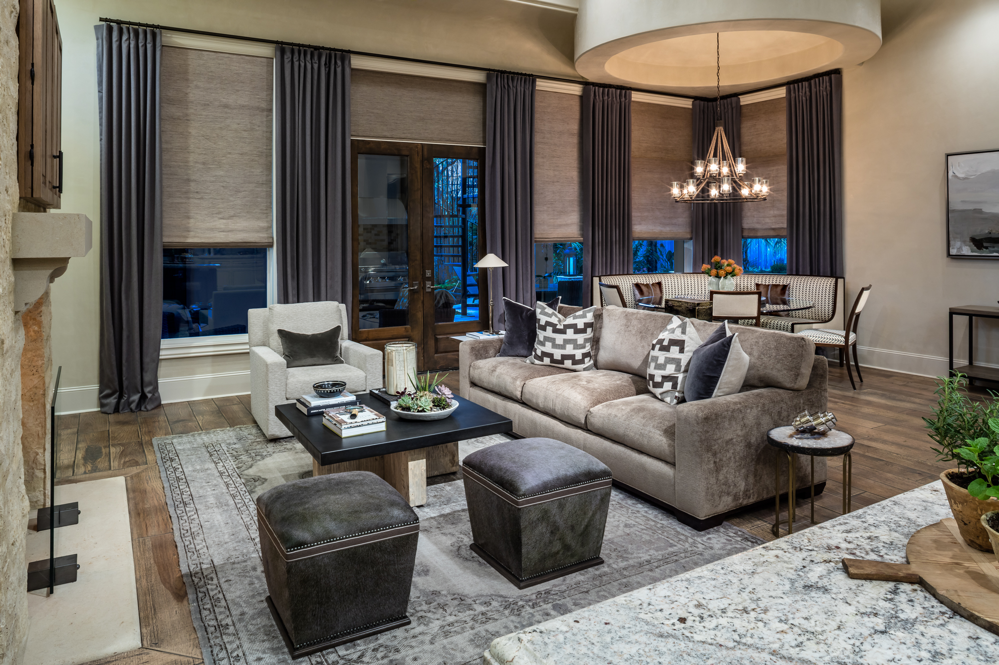 25 best interior designers in texas the luxpad. Black Bedroom Furniture Sets. Home Design Ideas