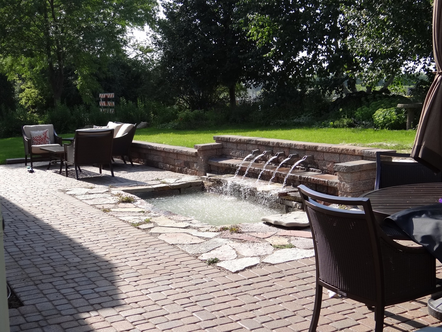 Interiors-With-A-View-Landscape-Design-Illinois